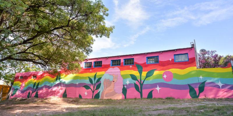 Un nuevo mural decora la base del COyS en el Parque Sarmiento (1)