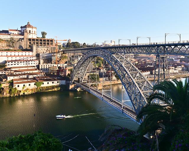 Puente de Don Luis I desde el Mirador del Sport Club Guindalense