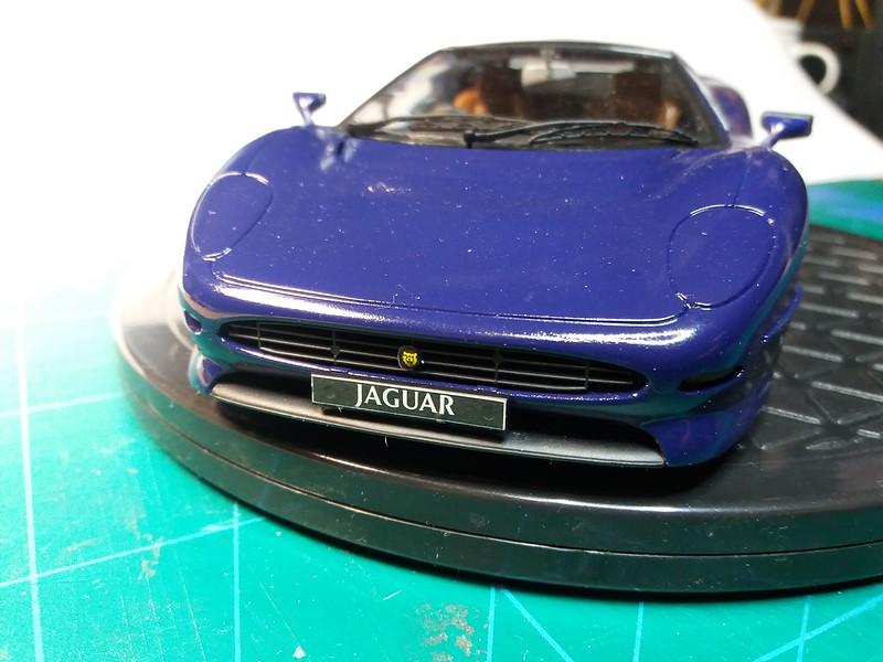 Pas-à-pas : Jaguar XJ 220 [Revell 1/24] *** Terminé en pg 5 - Page 5 50649997621_c55d50906a_c