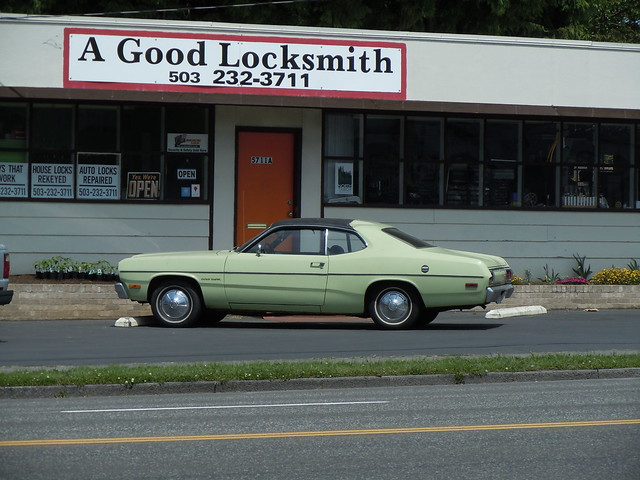 Plymouth Gold Duster