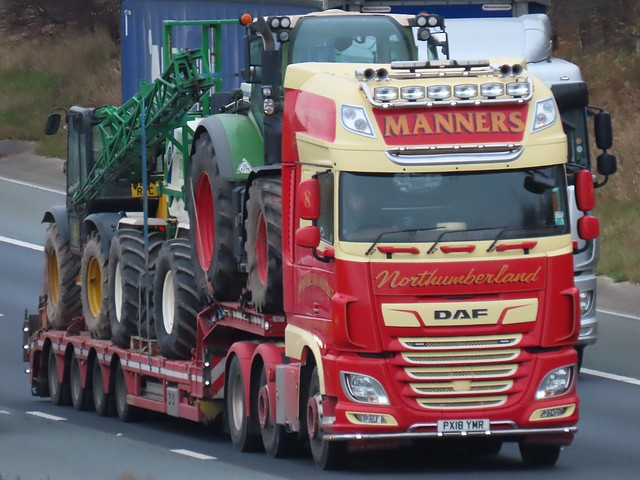 Manners, DAF (PX18YMR) On The A1M Northbound