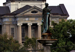 Old Warren County Court House and the Statue of Hebe