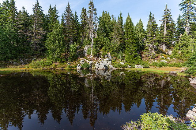 Pinnacle Lake Trail