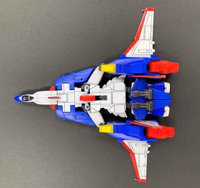 重溫火鳥變身!童友社《太陽勇者》火鳥號 復刻版組裝模型