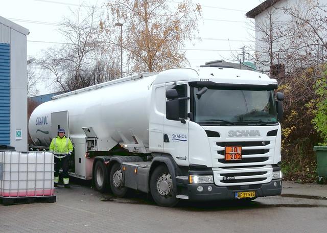 Bio Diesel is delivered to Arriva Slangerup by Scania G450 BP57535