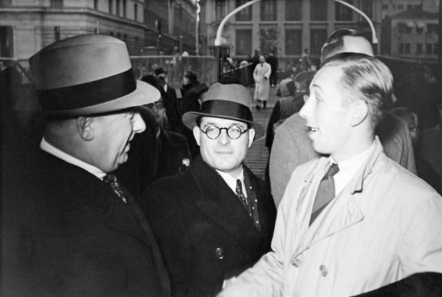 Farewell Bennie Scheltus, 6 December 1941, Shanghai