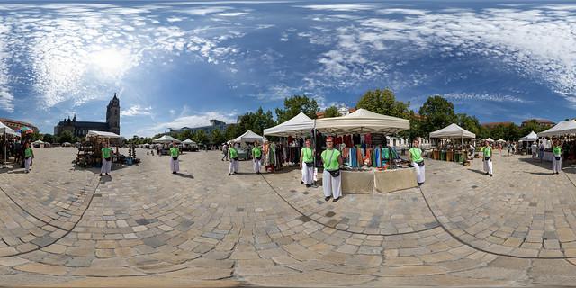 Auf dem Töpfermarkt (360 x 180)