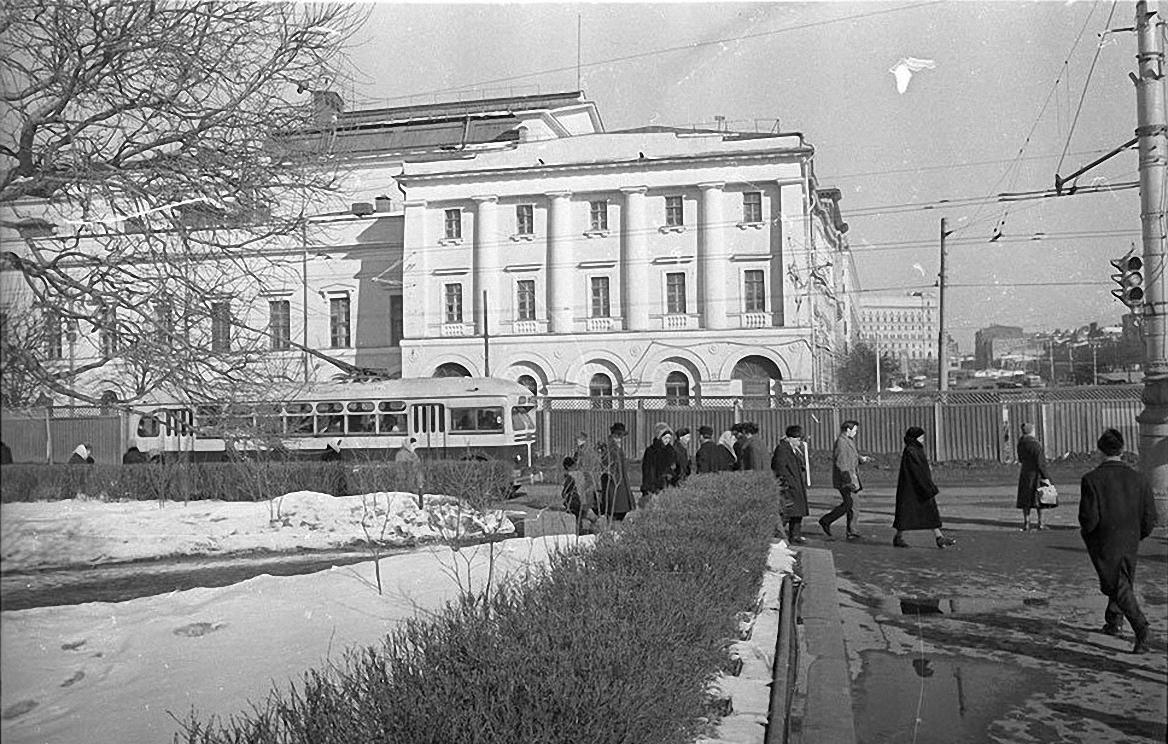 1950-е. Метрополь. Площадь Свердлова