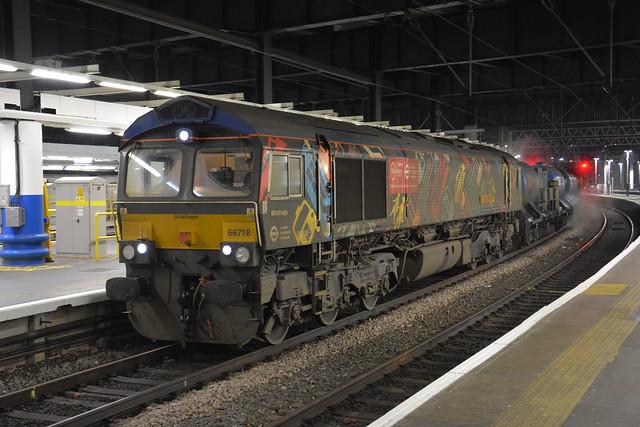 66718 London Euston 26/11/2020