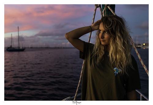 sunset punaauia taina voilier omniainuno portrait tahiti polynesie frenchpolynesia ocean lagoon