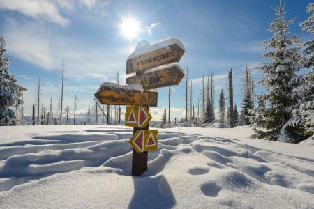 Nově vzniklé stezky Via Czechia představují zatím nejodvážněji vedené dálkové trasy v České republice a částečně je lze absolvovat i na lyžích.