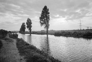 Lea Navigation, Tottenham Marshes, 1983 37c-33_2400