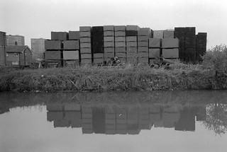 Lea Navigation, Brimsdown, Ponders End, 1983 34m-22_2400