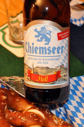 November 2020 ... Bayerischer Abend mit Bier, Brezeln, Obatztem, Radis ... Brigitte Stolle