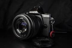 OMD E-M5/Lumix 25mm f/1.7