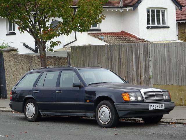 1989 Mercedes Benz 230 TE Auto