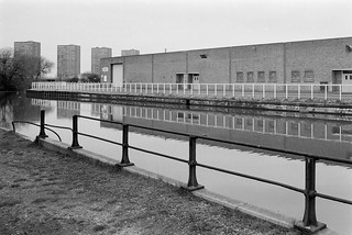 Lea Navigation, Ponders End, 1983 34m-24_2400