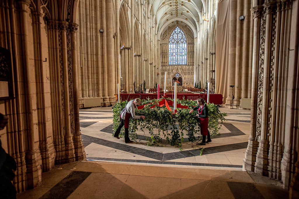 Raising of the Advent Wreath at York Minster
