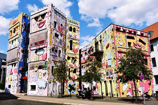 The Happy Rizzi House in Braunschweig, Germany was created in 1999 by American artist James Rizzi