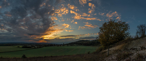 autumn chalk sunset tree maidstone hill sonyrx100m3 detling panorama kent northdowns clouds england