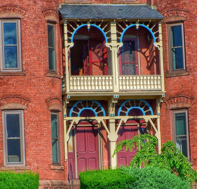 Hartford  Connecticut - Old Historic Apartments - Queen Ann Architecture
