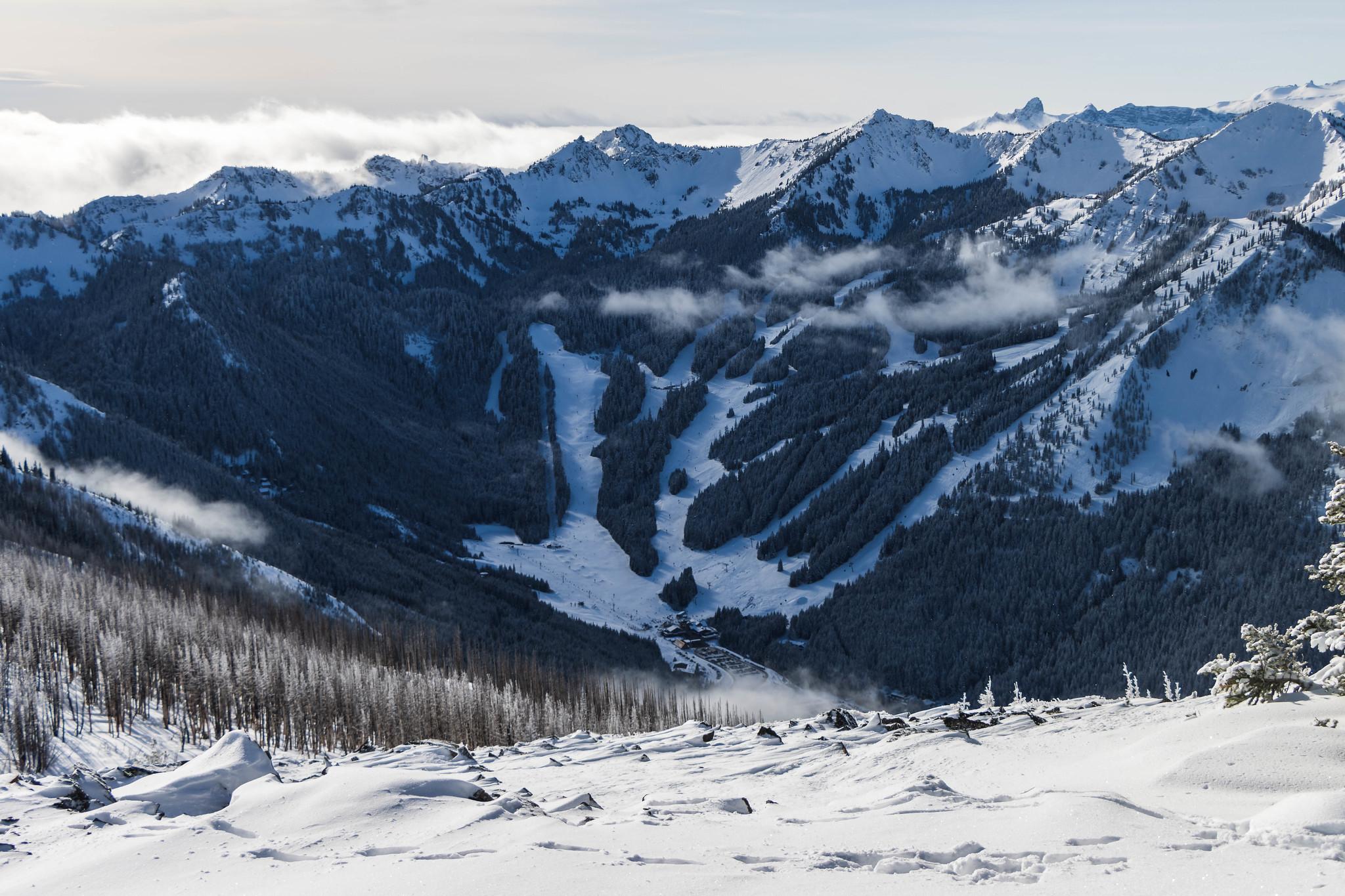 Crystal Mountain Ski Resort south of Norse Peak