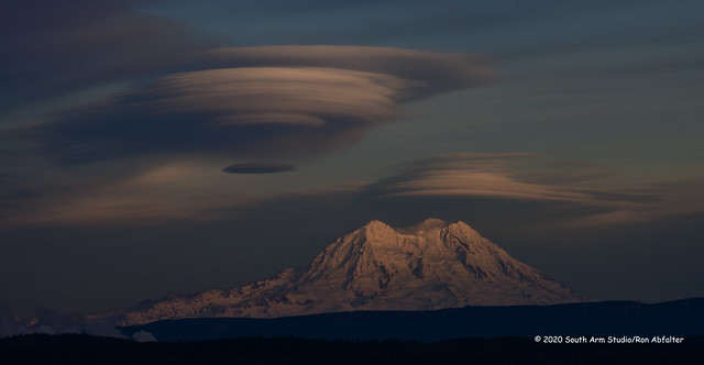 Lenticular clouds over Tahoma