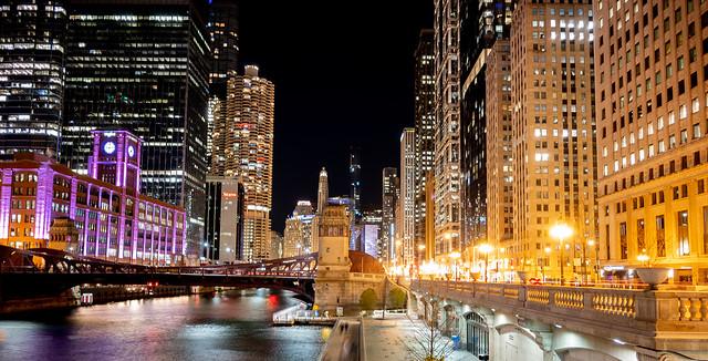 Chicago Doesn't Sleep