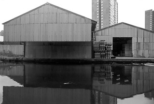 Hertford Union Canal, Hackney Wick, Tower Hamlets, 1983 36n-34_2400