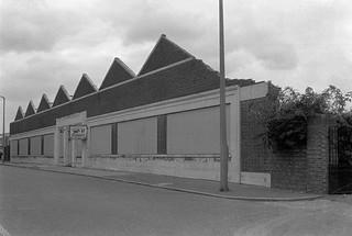 Eastway/Waterden Rd, Hackney Wick, Hackney, 1982 32z-66_2400