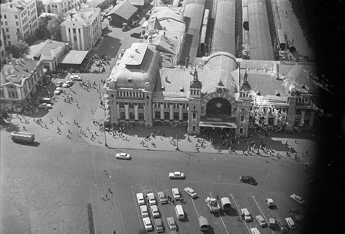 1960-е. Улица Грузинский вал и Белорусский вокзал с высоты птичьего полета. Площадь Тверской заставы.