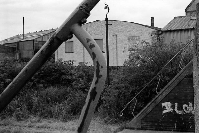 Carpenters Lock, Old River Lea, Stratford Marsh, Newham, 1983 35p-31_2400