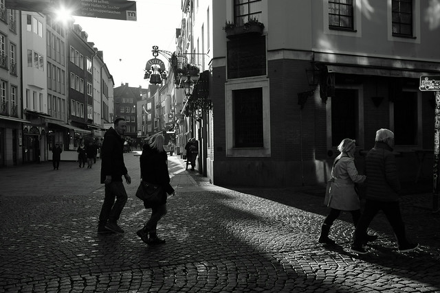 light and shadow @ old town, Düsseldorf 2019