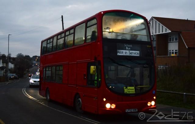 Sullivanbuses - WVL8 (LF52 UOW) -- Sch