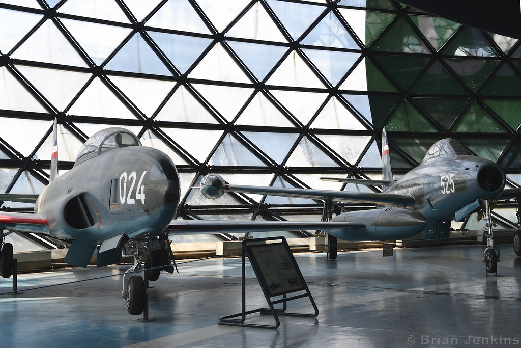 Lockheed T-33A-1-LO (10024) and Republic F-84G-31-RE Thunderjet (10525)
