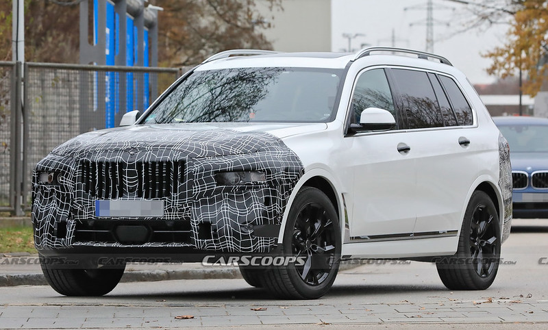 2022-bmw-x7-facelift-5