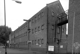 A F Suter & Co, Swan Wharf, Dace Road, Old Ford, Tower Hamlets, 1990  90-9h35_2400