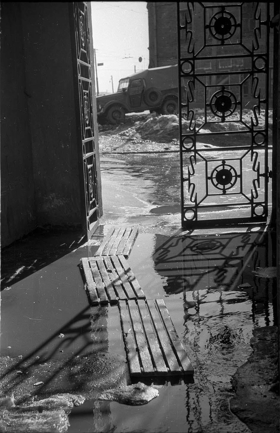 1960-е.  Весна