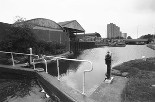 Hertford Union Canal, Hackney Wick, Tower Hamlets, 1983 36n-31_2400
