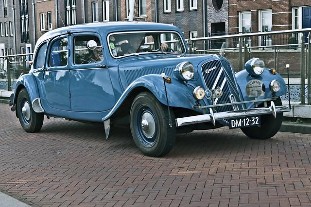 Citroën Traction Avant Familiale 1955 (5864)