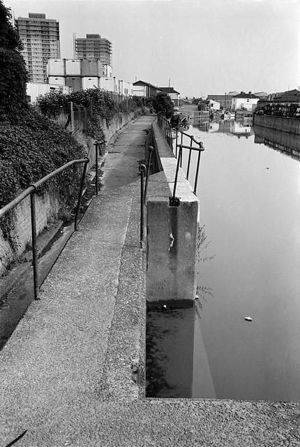 City Mill River, Blaker Rd,  Stratford Marsh, Stratford, Newham, 1983 35v-13_2400