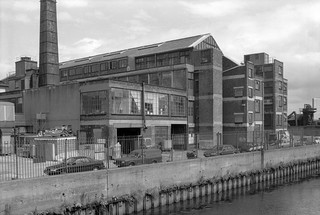 Waterworks River, Marshgate Lane, Stratford Marsh, Newham, 1992 92-8e44_2400