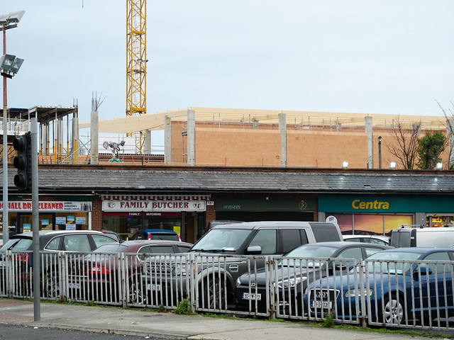 New Lidl rising from behind the Boghall Road Shopping Centre