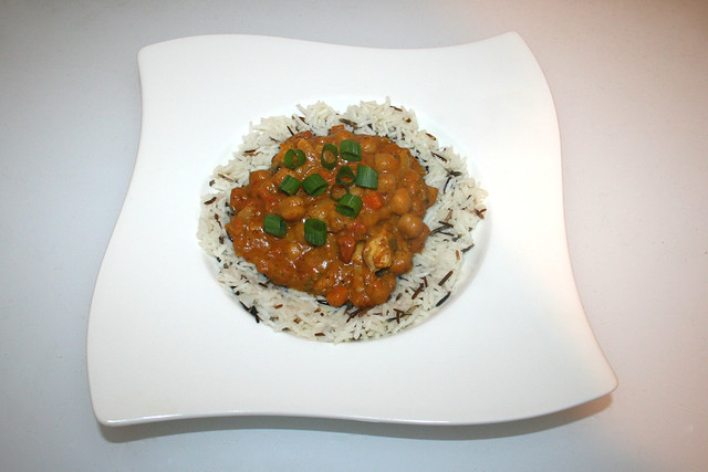 43 - Chickpea Curry with turkey - Served / Kichererbsen-Curry mit Pute - Serviert