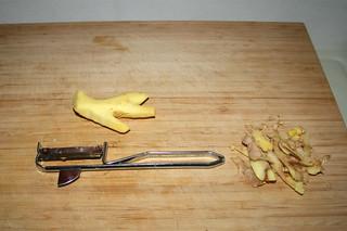 06 - Peel ginger / Ingwer schälen
