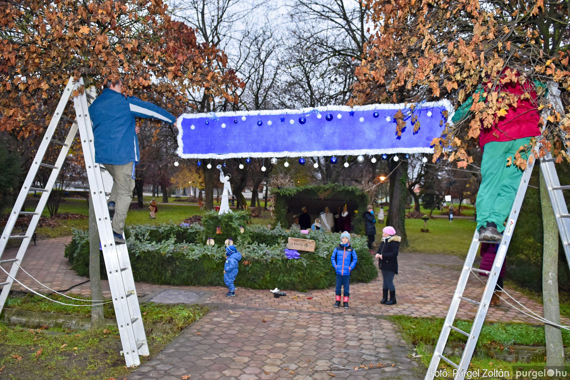 008 2020.11.28. Ünnepi előkészületek a Szabadság téren - Fotó: Purgel Zoltán© _DSC3387q.jpg