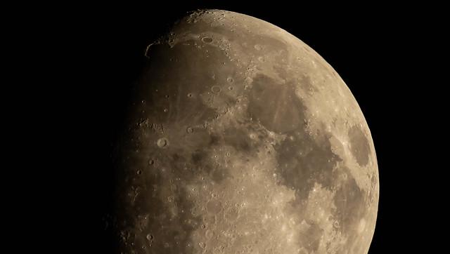 La lune et ses cratères !