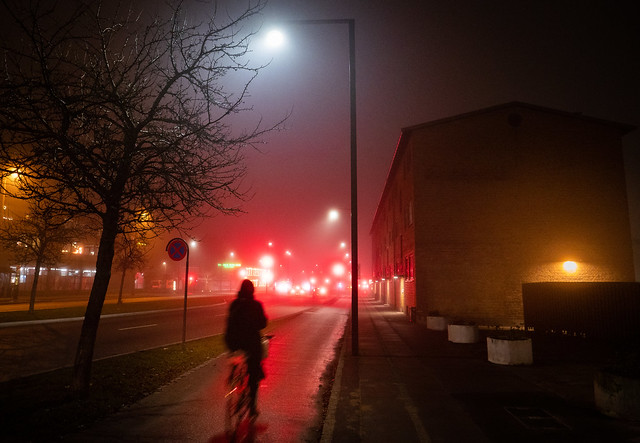 Another foggy night... (1)
