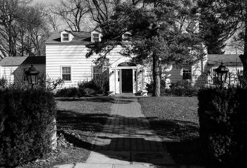 Scotsdale Farm House Front Path_