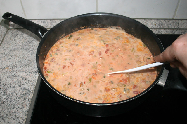 29 - Scramble chickpeas & let simmer / Kichererbsen verrühren & köcheln lassen